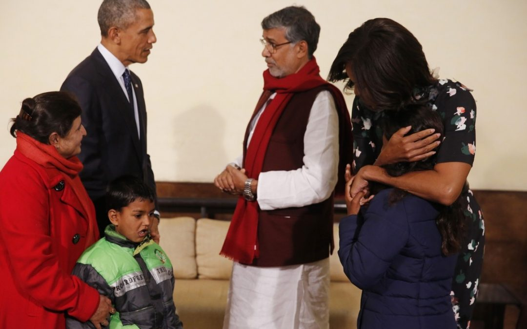 PRESIDENT OBAMA, MICHELLE CLOSE INDIA TRIP WITH A 'NAMASTE', FLY TO SAUDI ARABIA
